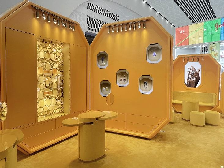 施华洛世奇-消博会展台设计搭建案例
